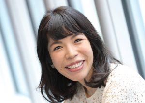 青山七恵さん