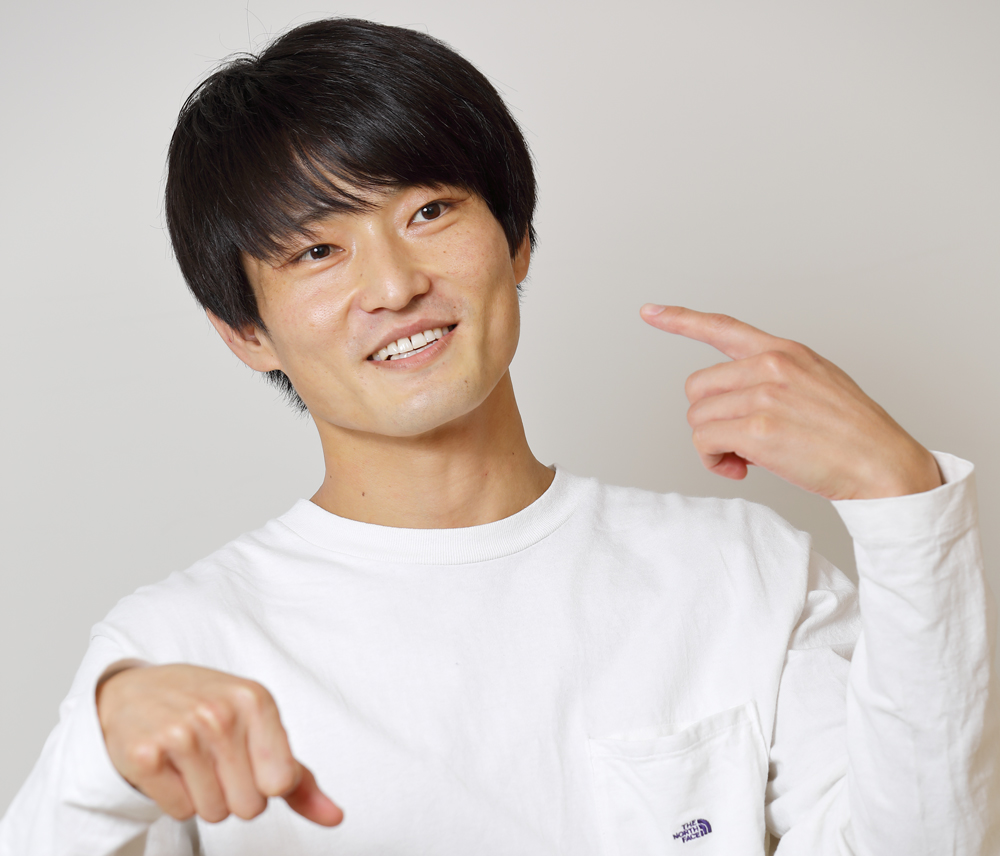福徳秀介さん